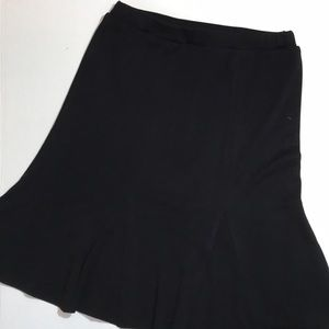 Exclusively misook black acrylic skirt